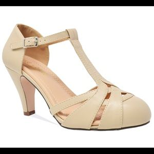 NEW Women's Vintage Pump Shoes with T-Strap Ankle